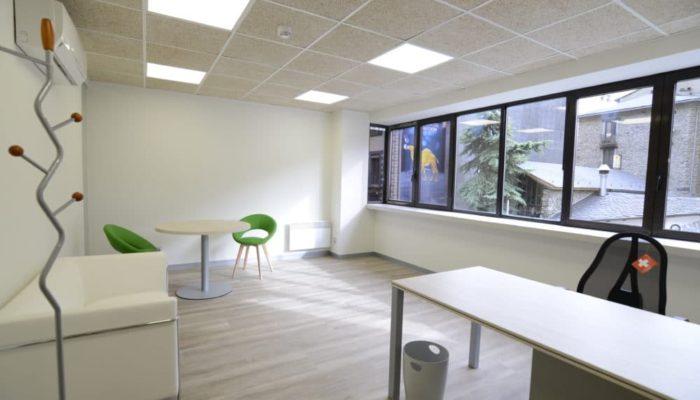 Business-Center-02